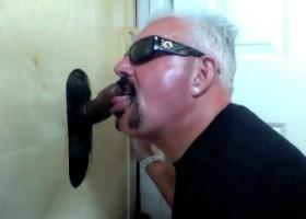 Black Guy Gives Gloryhole Cum Facial