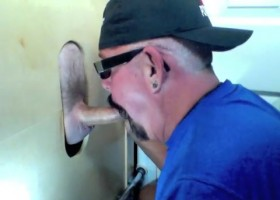 Gloryhole Feeding Time Has Cock In A Spell