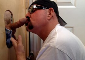 Business Man Needs Gloryhole Deep Throat BJ