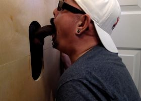Interracial Gloryhole Double Blow Job