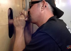 Big Dick Daddy Gets Blown At The Gloryhole
