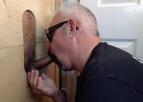 Horny Latin Man At the Gloryhole