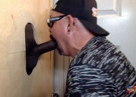 Gloryhole Double Dark Cock Suck Off