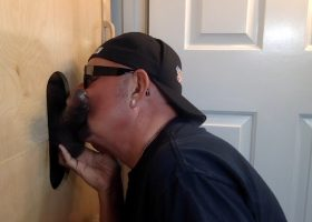 Amateur Black Cock At The Gloryhole