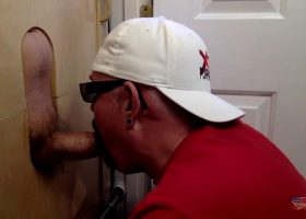 Thick Dick Dad Wants Gloryhole Head