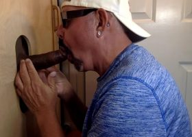 Soldier Gets Gloryhole Servicing
