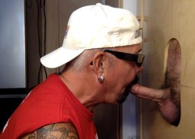 Vacation Gloryhole Meat Sucking